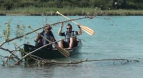 Love stories can end badly… especially in canoe !