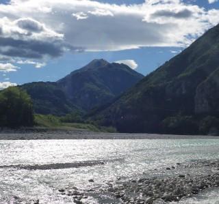 Sur le Tagliamento, la rivière alpine au tournant du XXème siècle