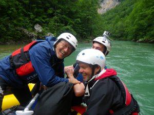 Pouvait-on séjourner dans les Balkans sans naviguer sur la Tara ?