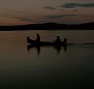 Docu – La construction d'un canoë amérindien en écorce de bouleau